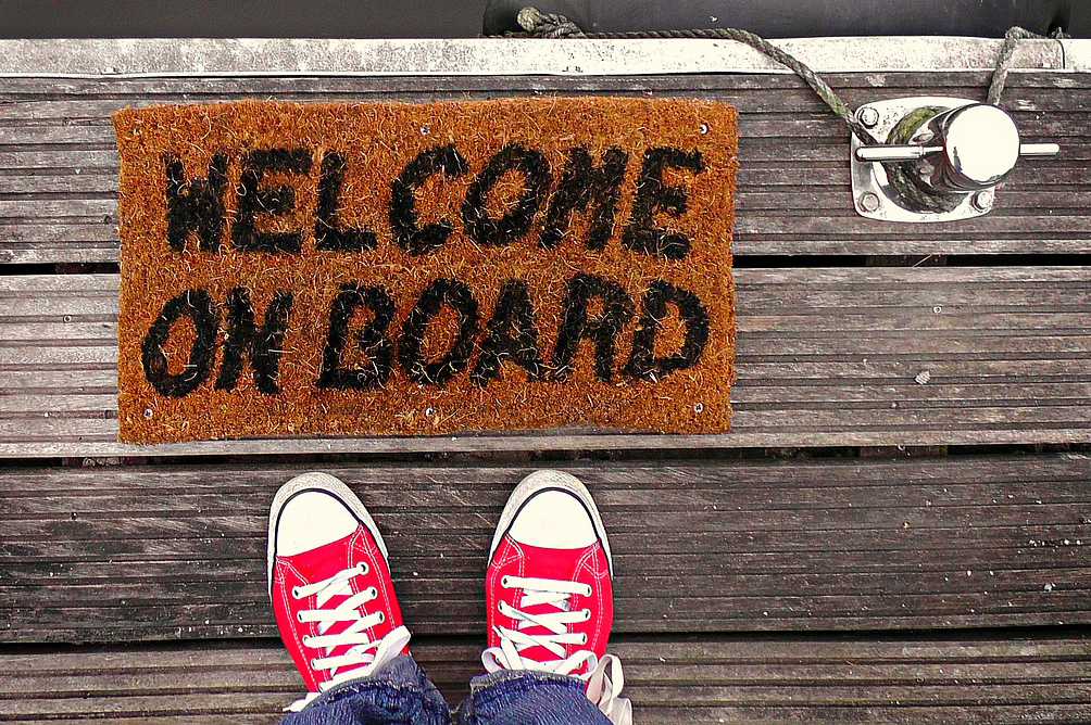 zerbino con scritta welcome on board