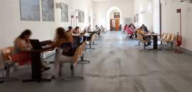 Studenti a Scienze della Formazione (foto di Antonio Caia)
