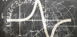 lavagna con esercizi di matematica