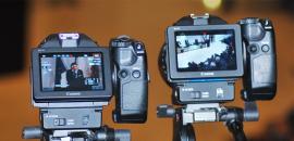 Due telecamere di Zammù TV riprendono un evento d'ateneo