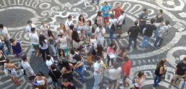 studenti nel cortile di Palazzo Centrale